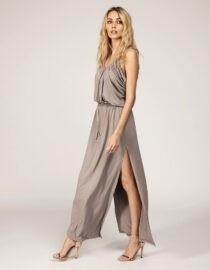 Sukienka maxi z marszczonym dekoltem